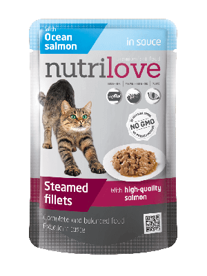 Nutrilove Premium mięsne kawałki z łososiem w sosie dla kota 85g